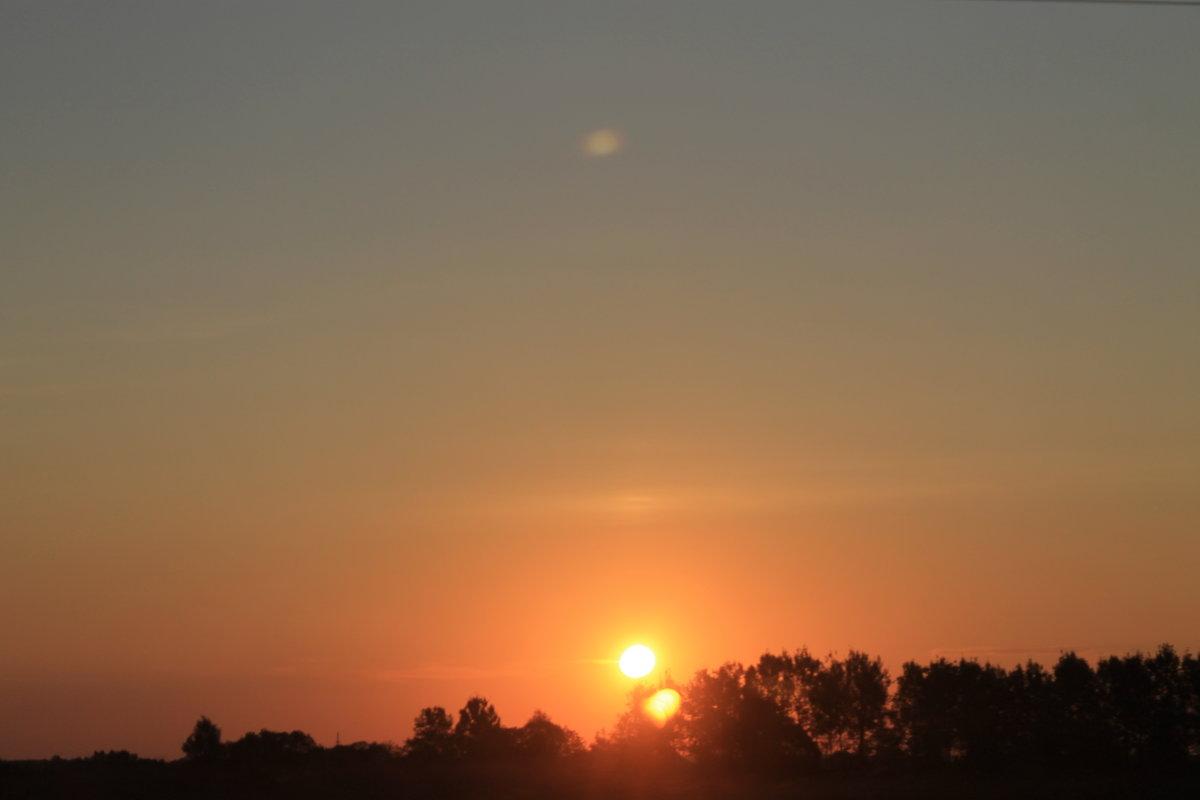 Уж солнца раскаленный шар  с главы своей земля скатила..... - Tatiana Markova