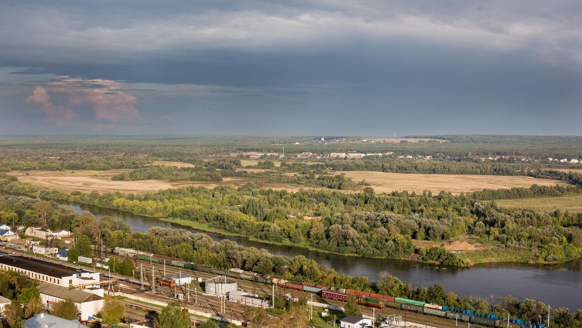 Над железной дорогой и над Клязьмой во Владимире - ИГОРЬ ЧЕРКАСОВ