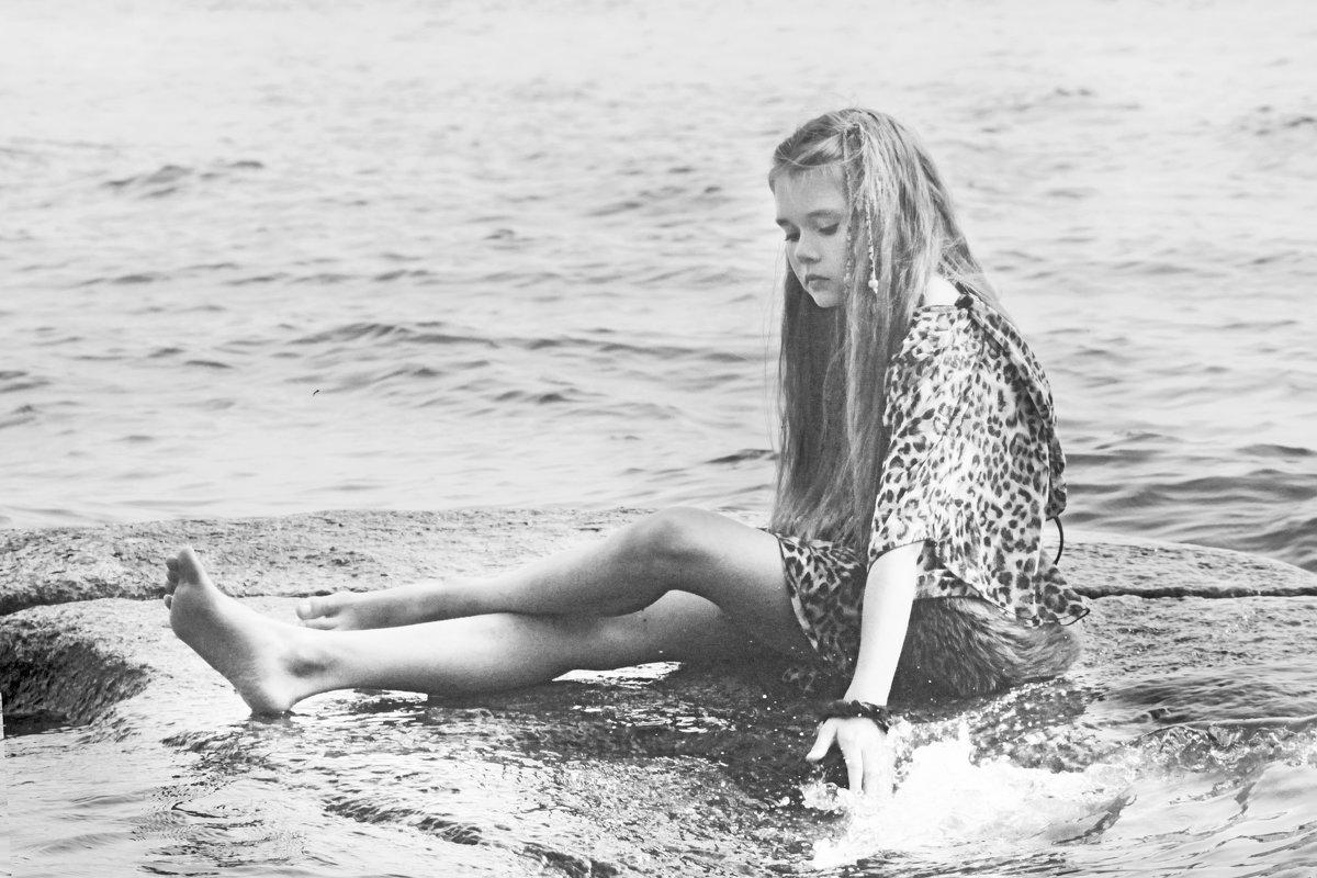 То ли девочка, то ли виденье... - Людмила Волдыкова