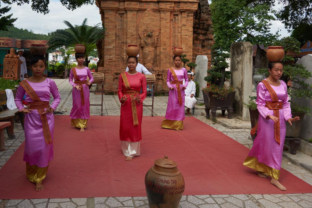 Вьетнам. Фольклор племени чамов - Минихан Сафин