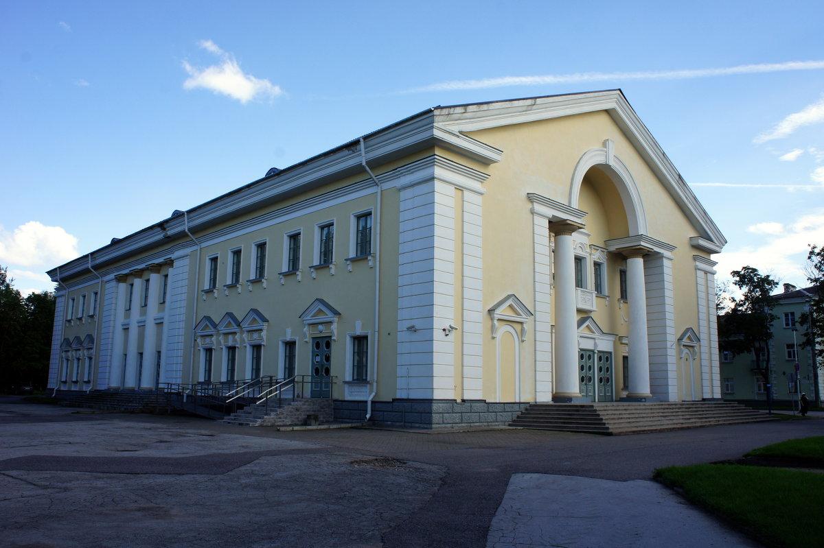 Дворец культуры - Елена Павлова (Смолова)