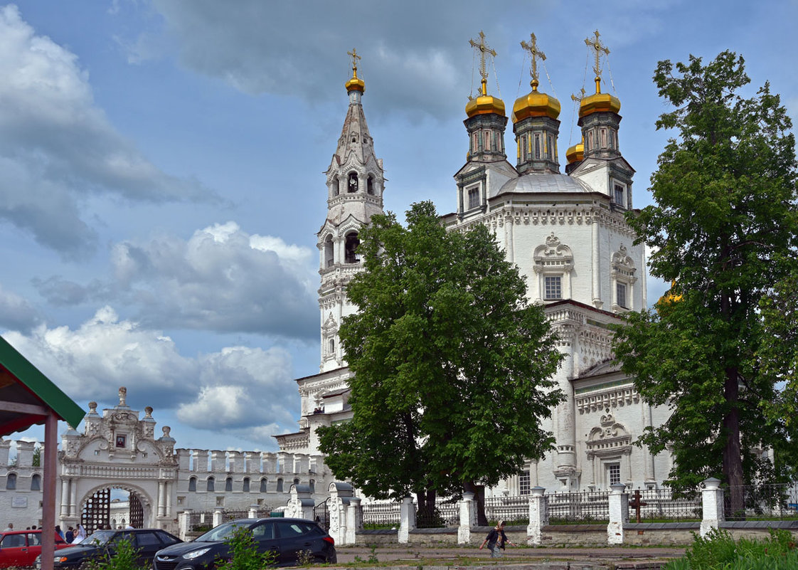 Троицкий собор. - Наталья