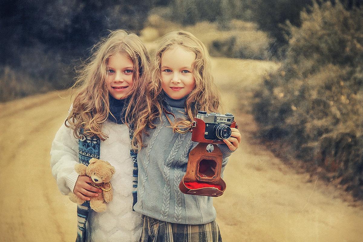 Юлиана и Дарина - Жанна ..
