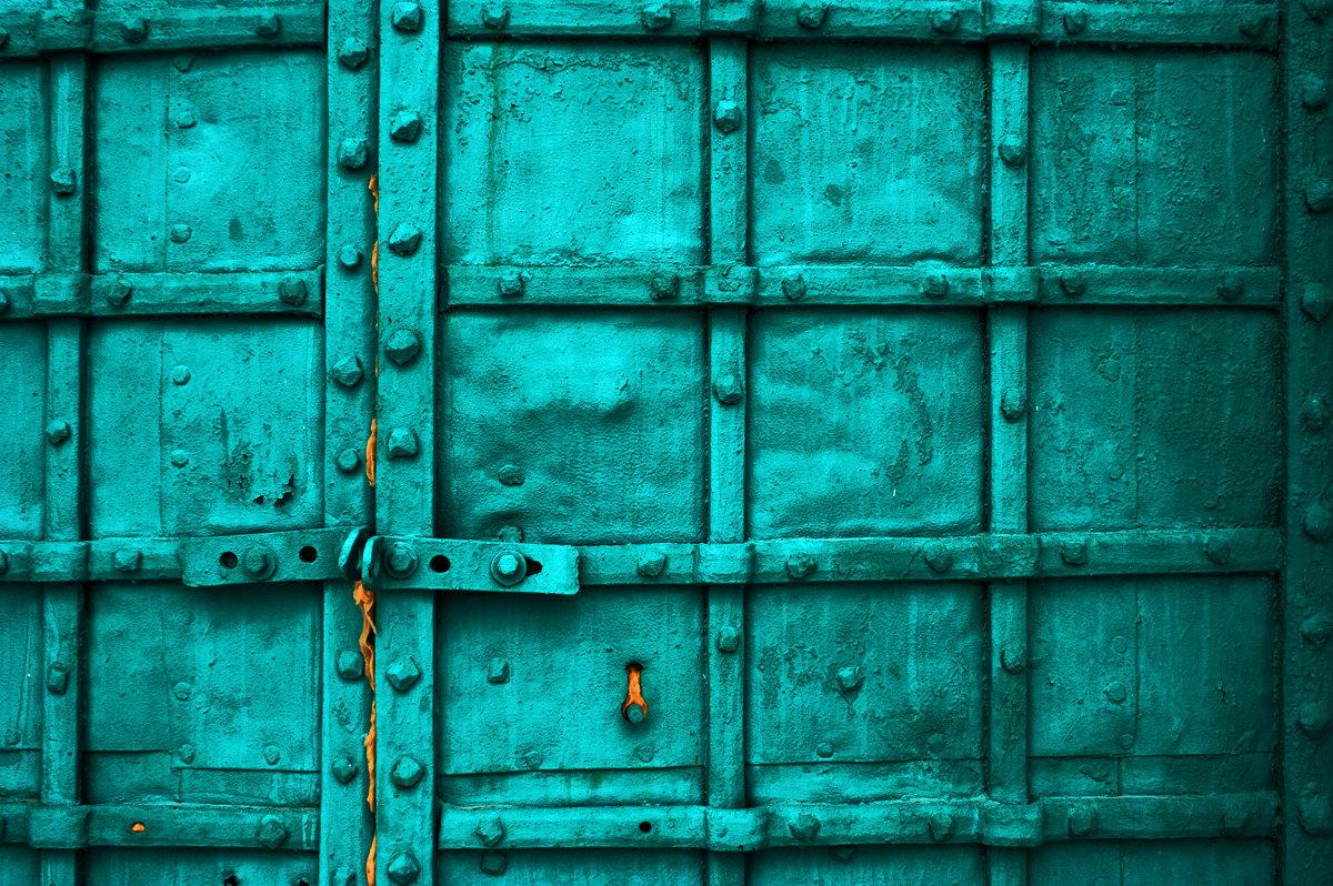 Дверь - Дмитрий Близнюченко