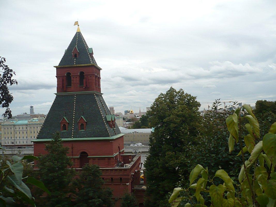 облака над москвой - натальябонд бондаренко