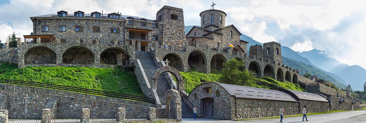 Кавказ, монастырь - Юрий Поздников