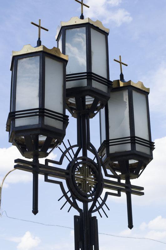 фонарь у храма - Ольга Русакова