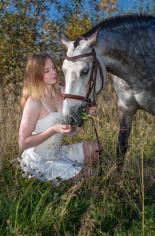 Lidiya and her horse Oktyabrina - Сергей