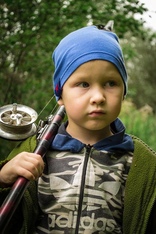 Рыбак - Алексей Леухин