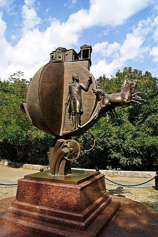 памятник взятке - Александр Корчемный