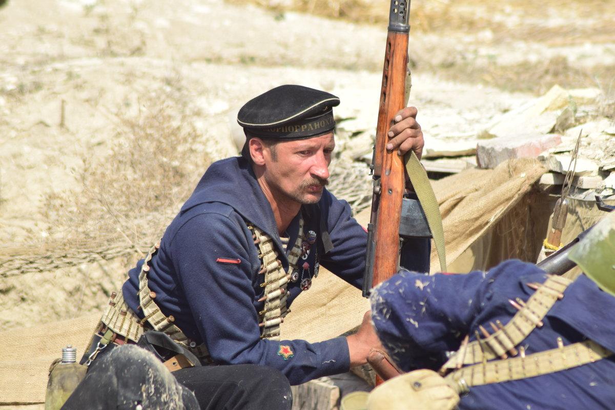 Оборона Севастополя 1942 год - Игорь Кузьмин
