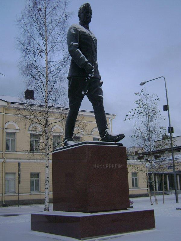 Памятник уходит! - Марина Домосилецкая