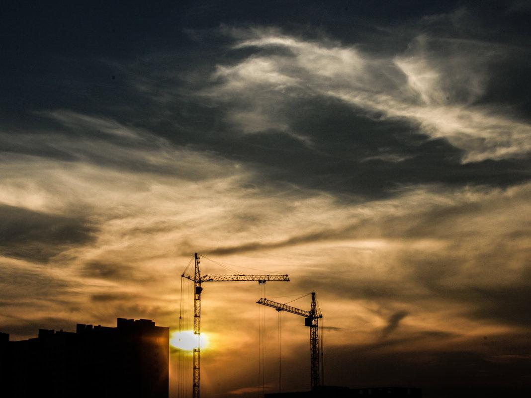 building crane - Ivan Burchinskiy
