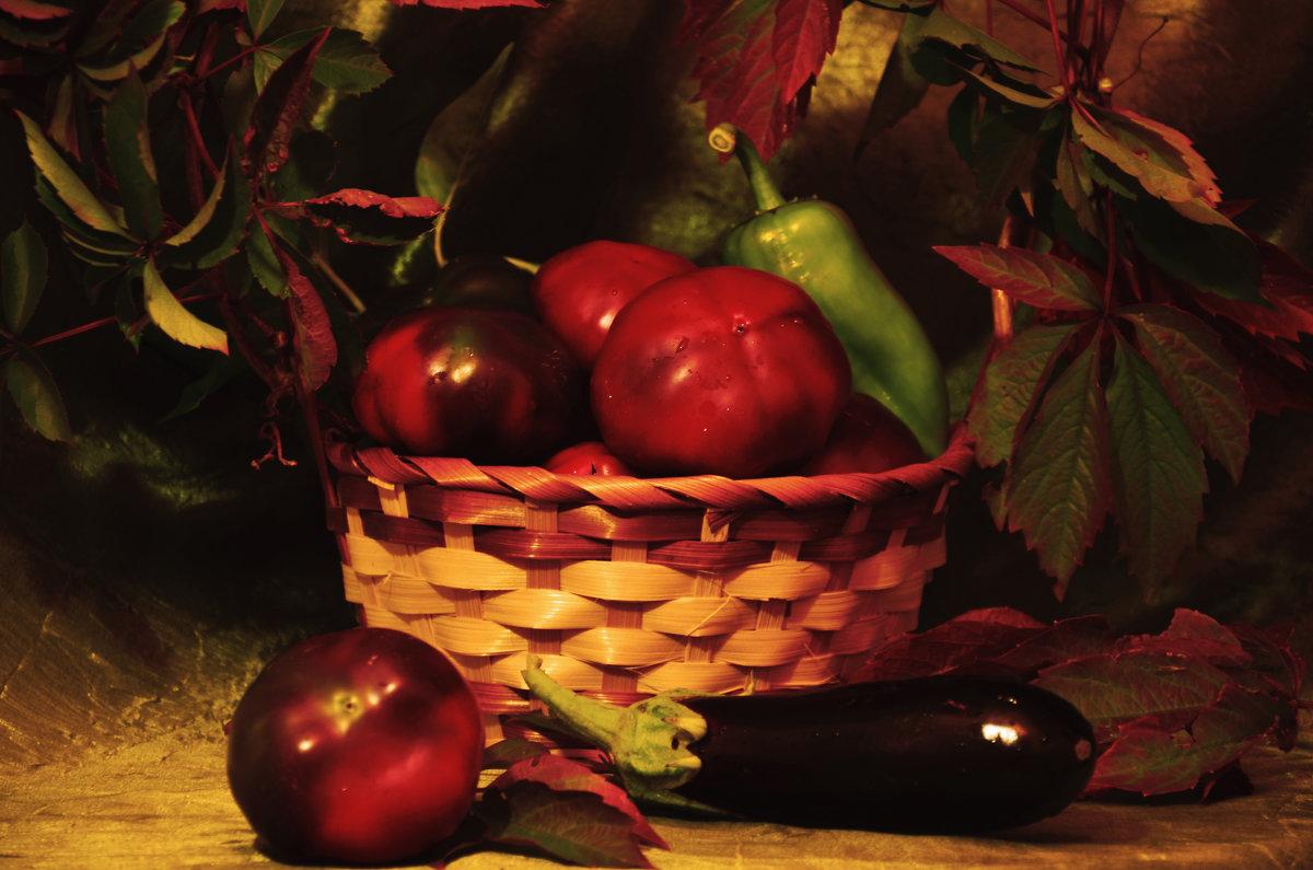 Осенний натюрморт с баклажаном - Татьяна Евдокимова