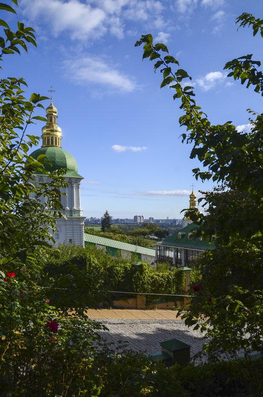 В Киевской лавре - Владимир Николаевич