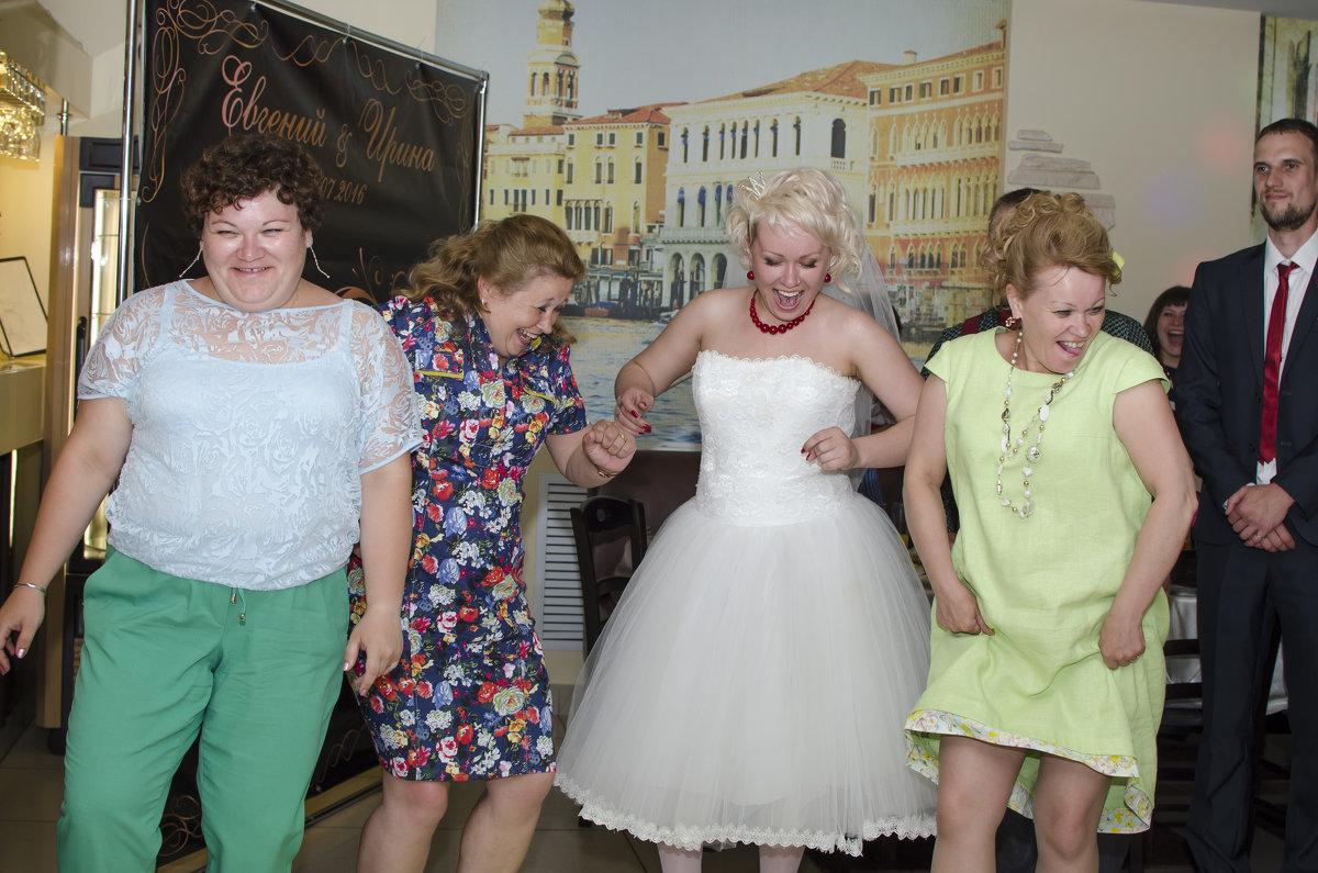 сразу видно, кто больше всего ждал свадьбу - Ольга Русакова