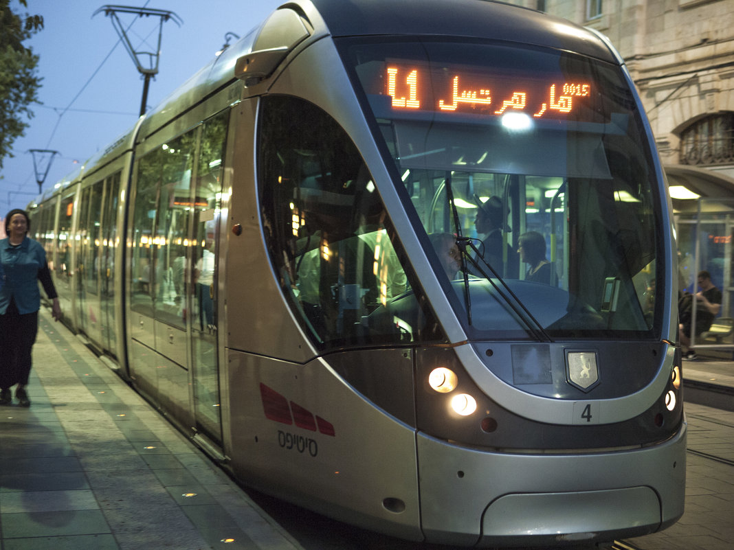 Ночной трамвай. - Alla