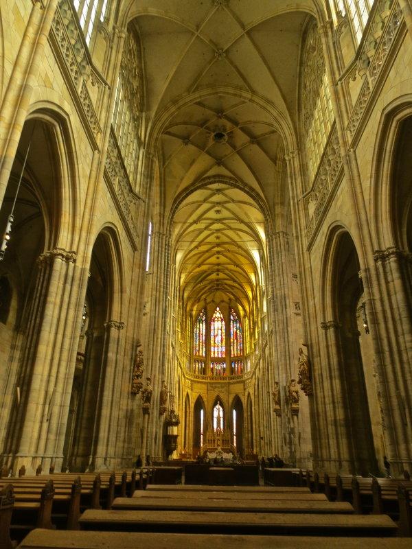 в соборе святого Вита в Праге - Елена