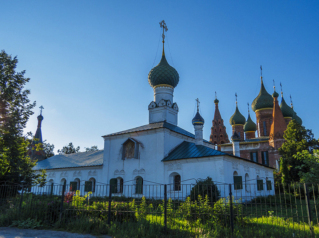 Тихвинская церковь - Сергей Цветков