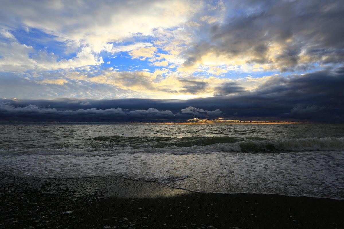 Осенний закат - valeriy khlopunov