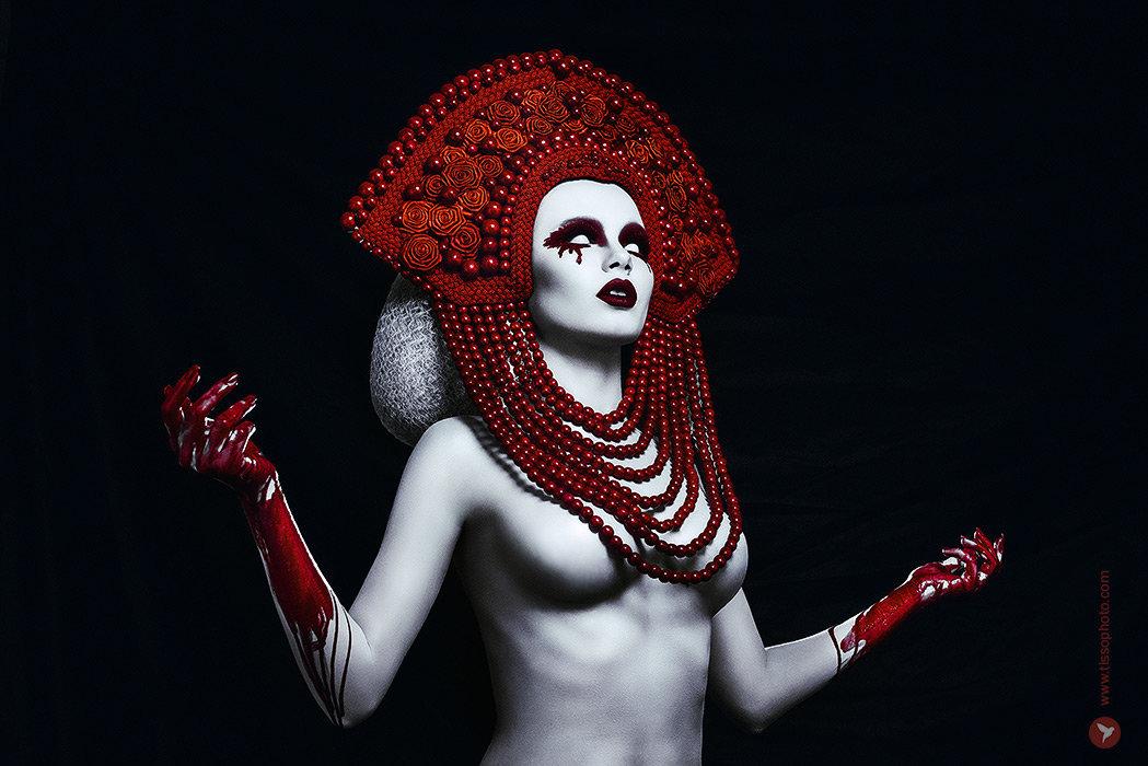 Bloody pearls - Сергей Тиссо