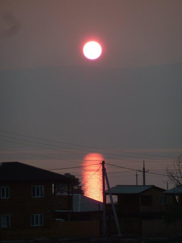 Закат над озером - Галина