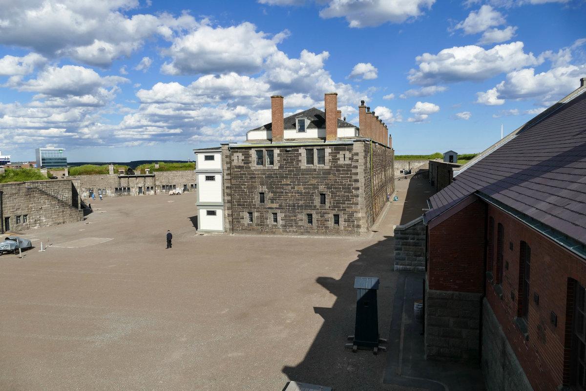 Форт-крепость Цитадель на вершине холма (Галифакс, Канада) - Юрий Поляков