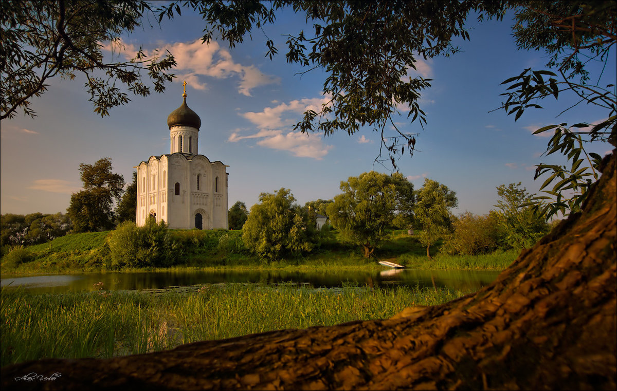Церковь Покрова на Нерли. - Alex Urbo