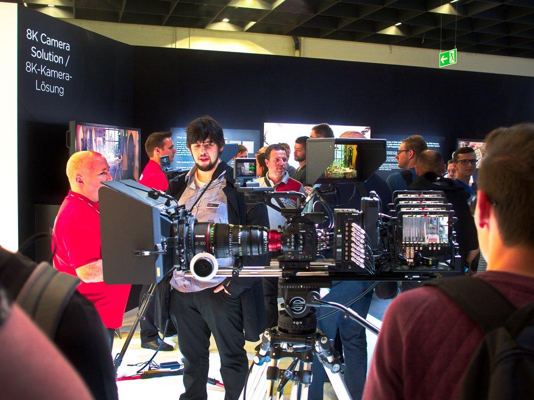 Аппаратура для съёмки 8К видео, Canon - Witalij Loewin