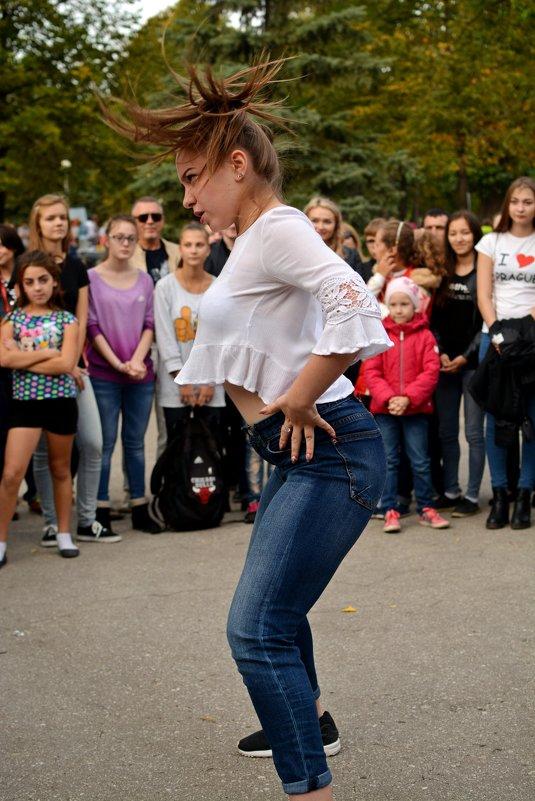 В ритме танца - Евгений