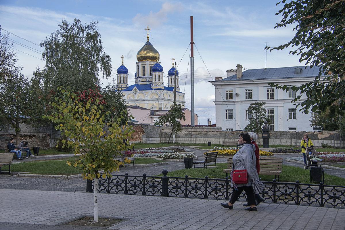 Памятник меценату Заусайлову - Яков Реймер