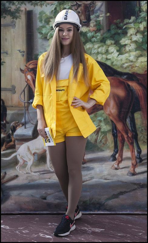 На выставке - Алексей Патлах