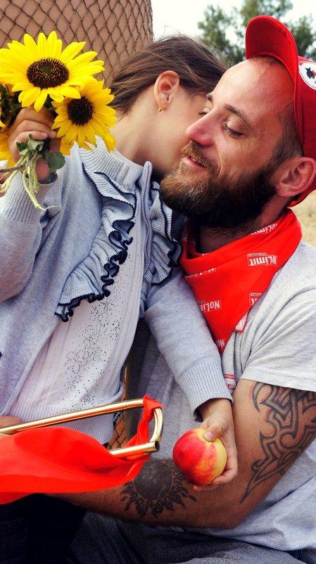 Трогательные папа с дочкой - Алена