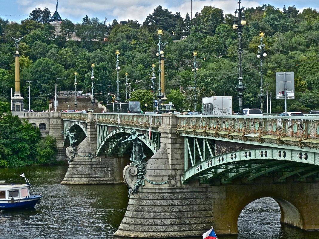 Чехов мост в Праге - Елена