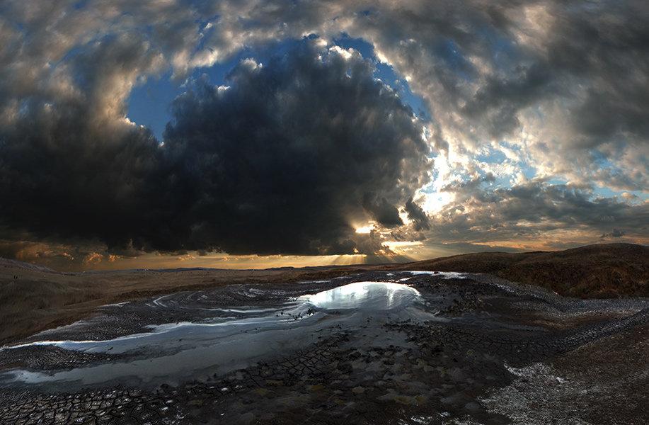 Крым, жерлo грязевого вулкана - viton