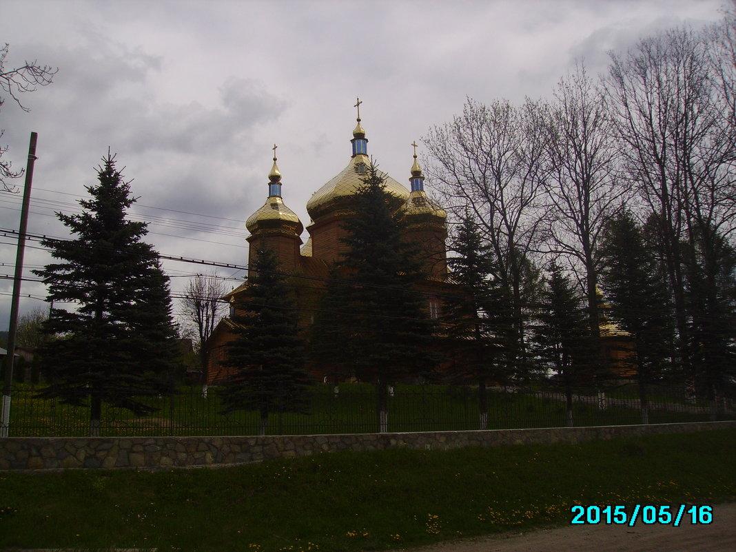 Греко - католический  храм  в   Ворохте - Андрей  Васильевич Коляскин
