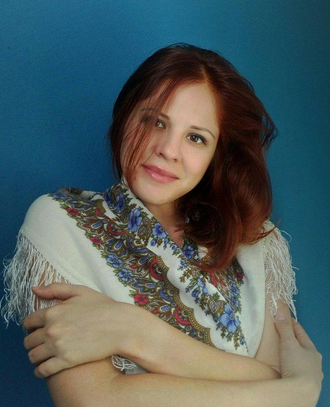 Лучшее украшение- русский платок! - Елена Бушуева