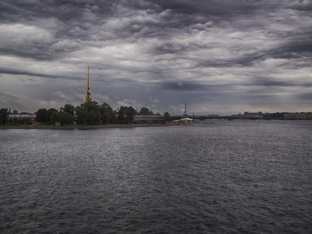 Петербург после грозы - Александр Зенченко