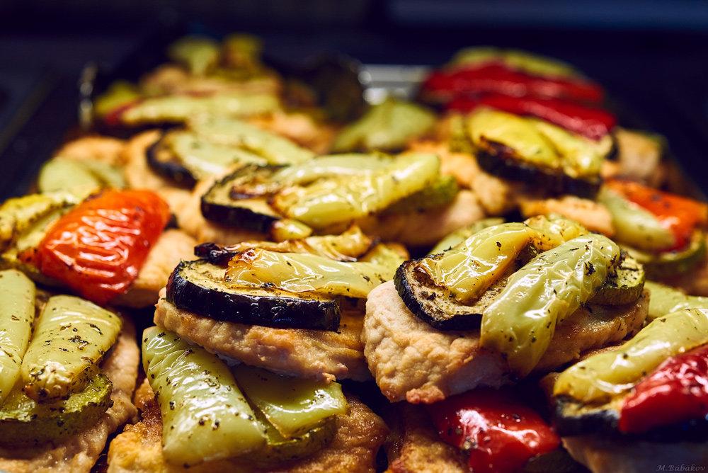 Перец, мясо, баклажаны - Михаил Бабаков