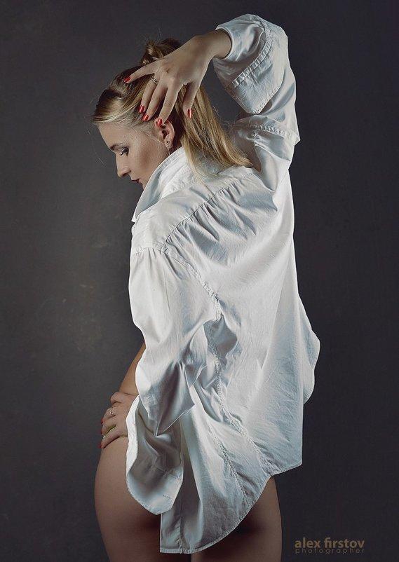 Девушка - Анна Романова