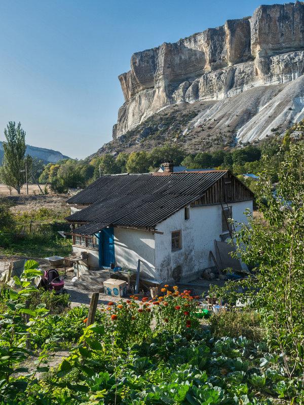 Капуста, дом, скалы - Игорь Кузьмин