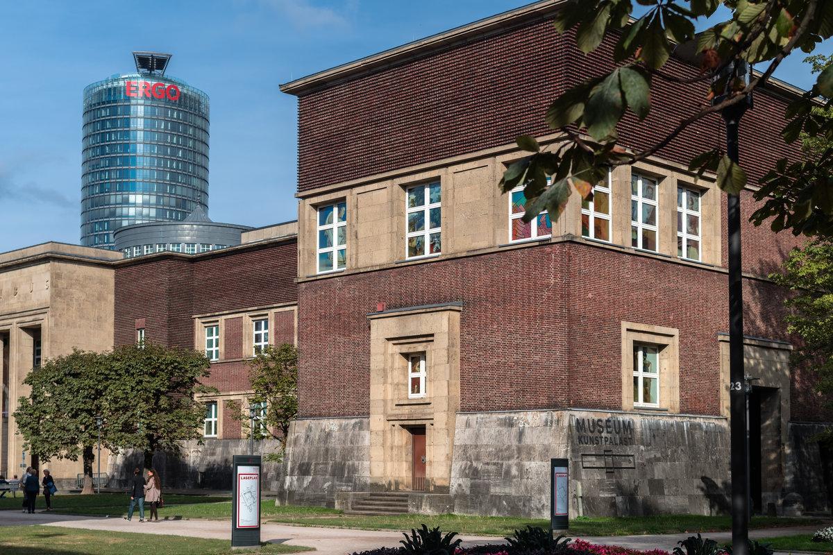 Легендарный Кунстпаласт — один из самых именитых музеев в Германии, отсчитывающий страницы своей ист - Witalij Loewin