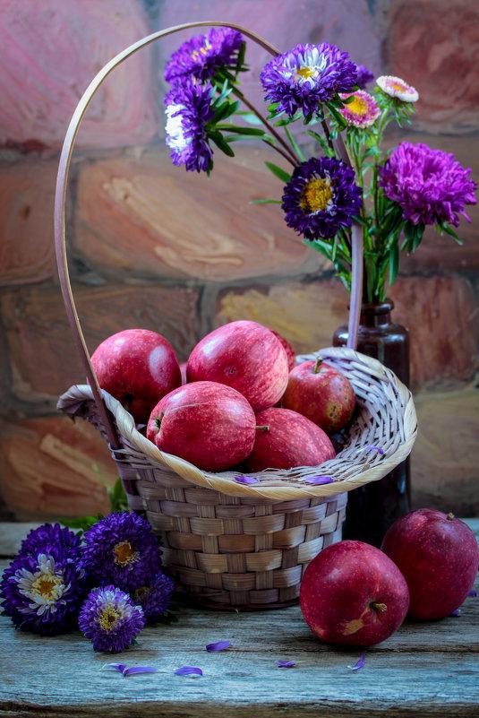 Яблоки - Женечка Зяленая