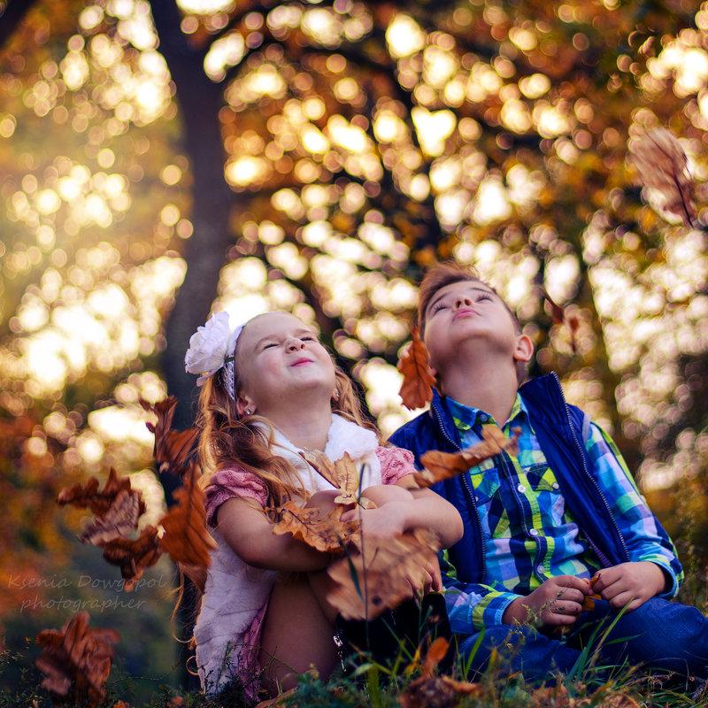 Только в детстве мы умеем быть счастливыми...Просто так!))) - Ксения Довгопол