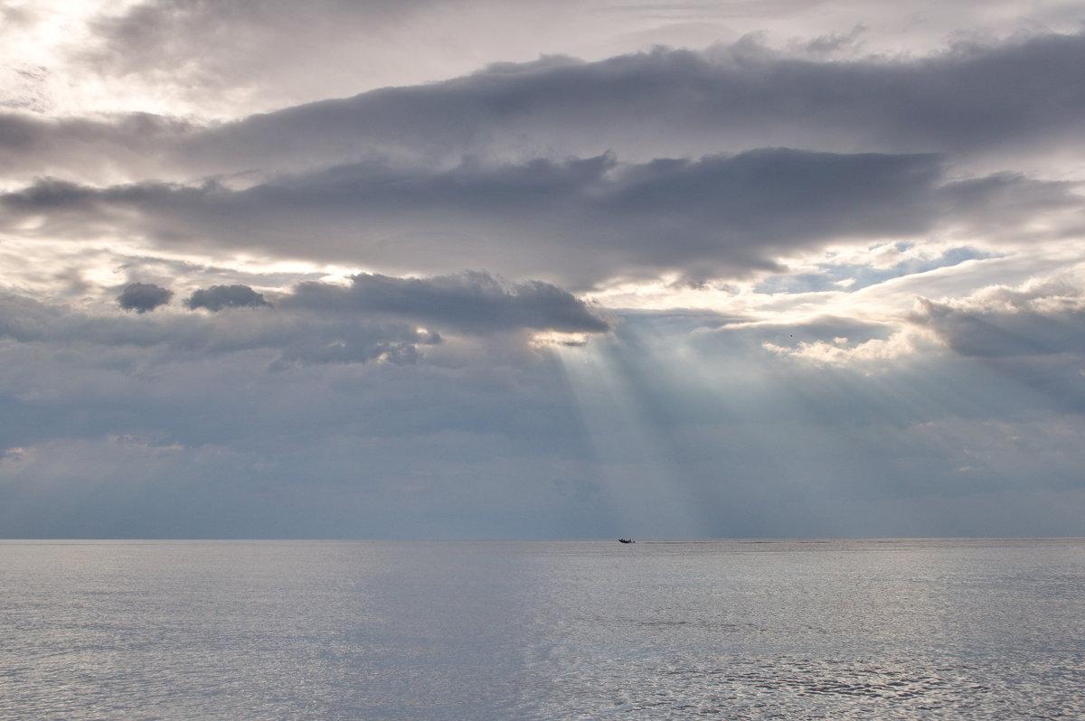 На утреннюю рыбалку - Алексей Меринов
