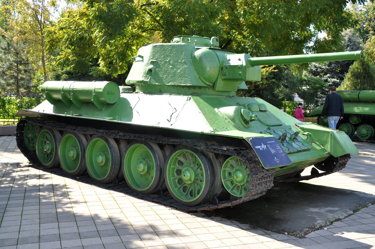 Т-34 образца 43 года - Антон Бояркеев