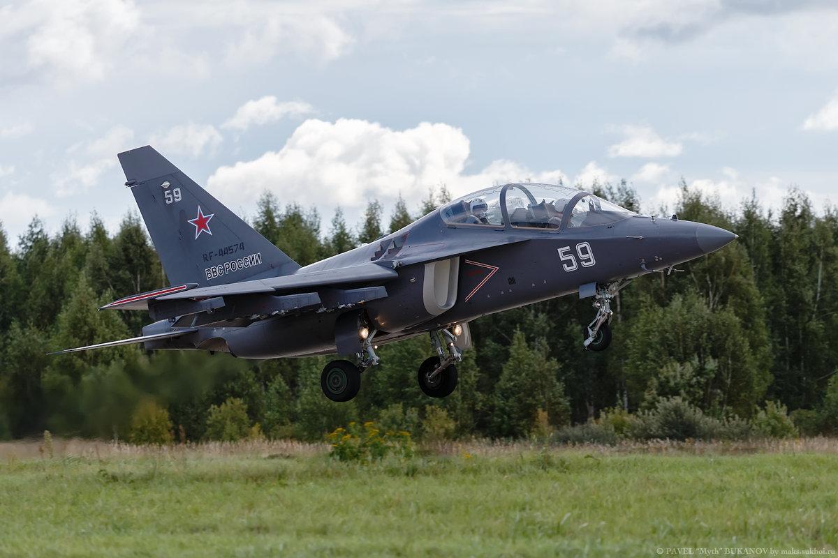 Як-130 - Павел Myth Буканов