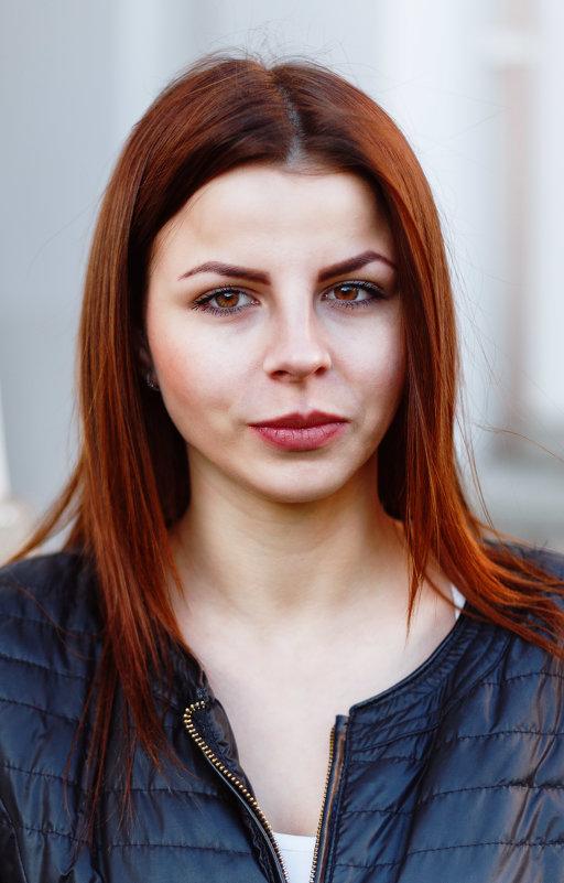 Янтарная девушка - Евгений Никифоров
