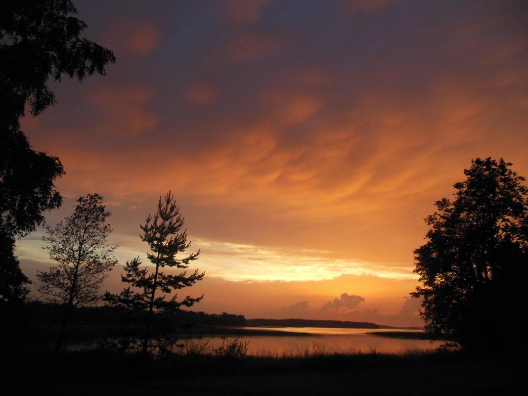 Закат на озере Селигер - Татьяна