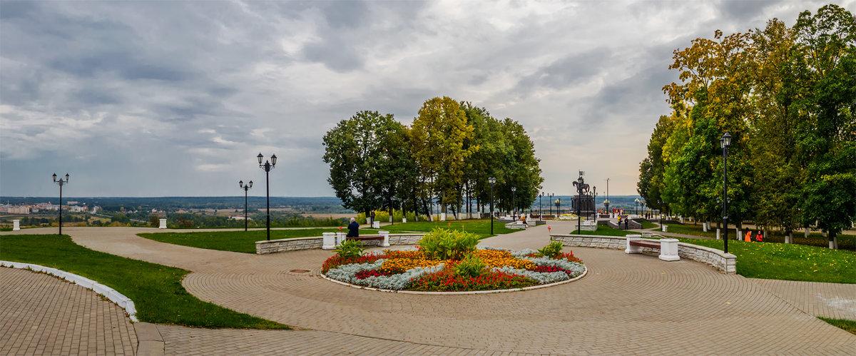 Площадь около Успенского собора - Альберт Беляев